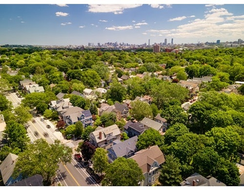Photo 24 for Huron Ave.
